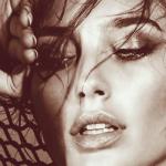 Gal Gadot é escolhida uma das pessoas mais sexys de 2016